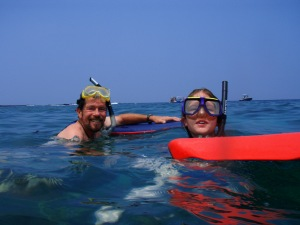 Gary Burton and his daughter snorkel at Hounaunau Bay: Photo by Donald MacGowan