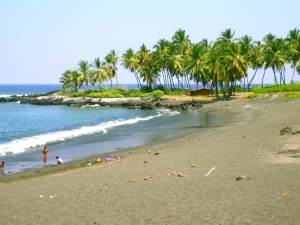 Honomalino Beach, South Kona, Hawaii: Photo by Donald MacGowan