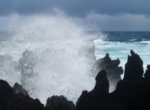 Explosive Wavespray at Laupahoehoe Park, Hamakua Coast, Big Island of Hawaii: Photo by Donnie MacGowan