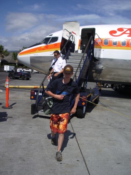 Bradford MacGowan lands At Kona International Airport at Keahole: Photo by Donald B. MacGowan