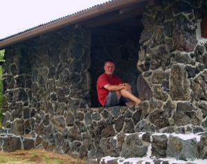 Frank Burgess Filming at Hilina Pali Overlook: Photo by Donnie MacGowan