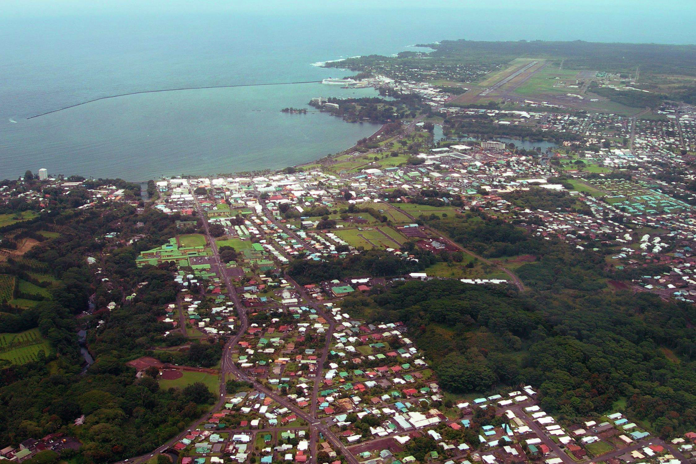 hilo from the air photo by donnie macgowan