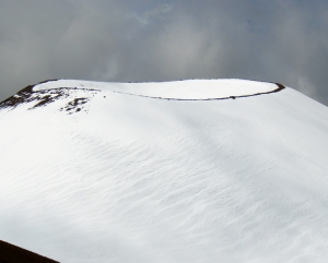 Mauna Kea's Snowy Summit: Photo by Donnie MacGowan